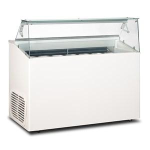 Eistheke - Mod. TOP 7 - Temperaturbereich: - 15 °C / -20 °C - Fassungsvermögen: 293 Liter - Produktmaße in cm (B x T x H): 135 x 67,3 x 117,5 - Gewicht: 99 kg - CE-Kennzeichnung